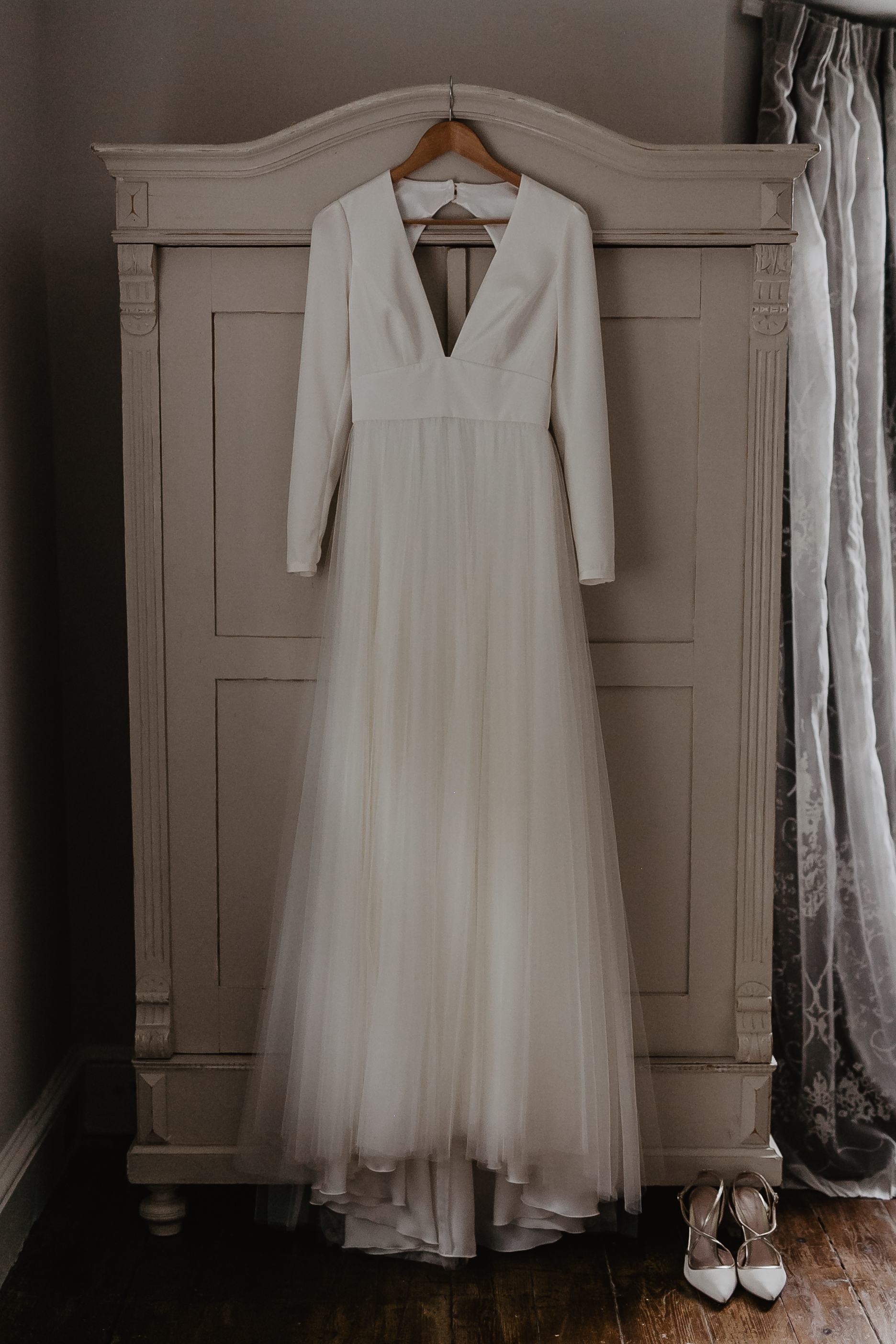 Vivian By Sassi Holford Wedding Dress